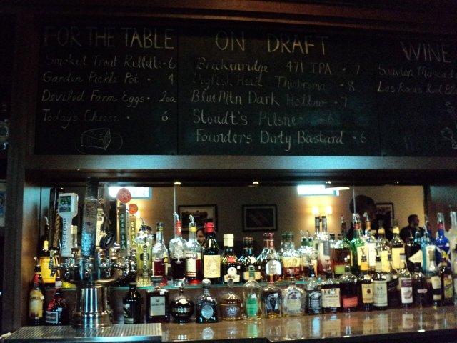 River & Rail Bar