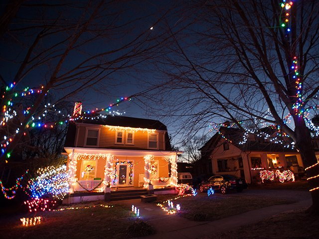 Westover Avenue at Christmas