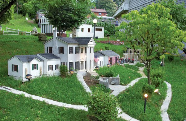 Miniature Graceland