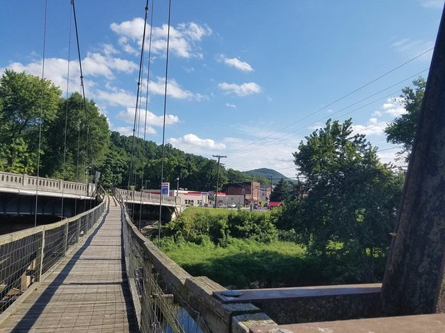 Day-in-Buchanan-Bridge.jpg