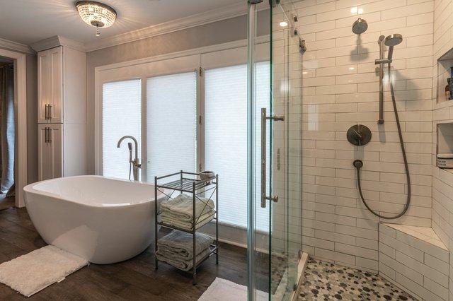 Caroline-Hammond-Bathroom.jpg