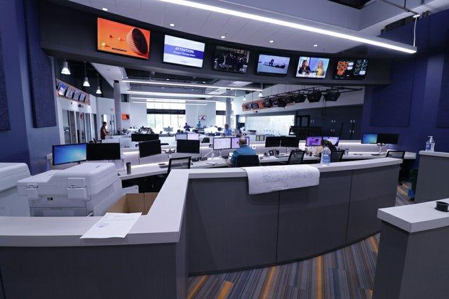 5-news room.jpg