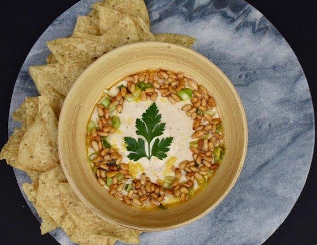 white bean hummus.jpg