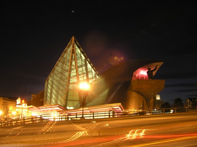 The Taubman Museum